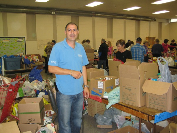 Nat with volunteers of the food drive Sept 29th, 2012
